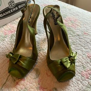 Shoes - Green high heels size 6 1/2